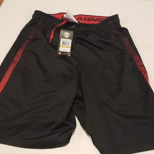men under armour shorts small